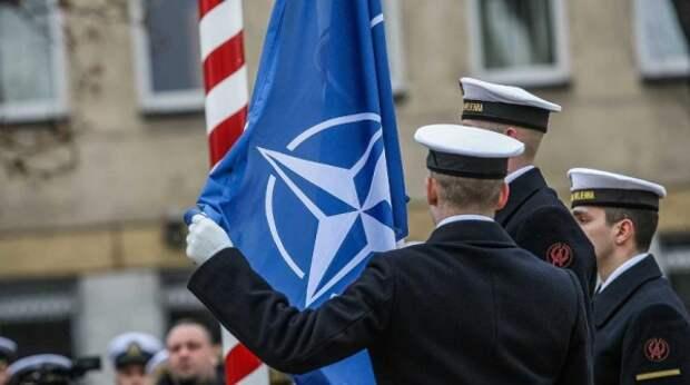 В НАТО решили не принимать в свой состав Украину