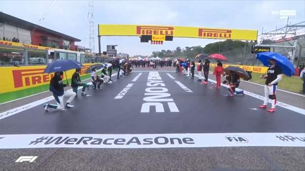 Мазепин иеще 9 гонщиков «Формулы-1» нестали вставать наколено перед гонкой вИмоле