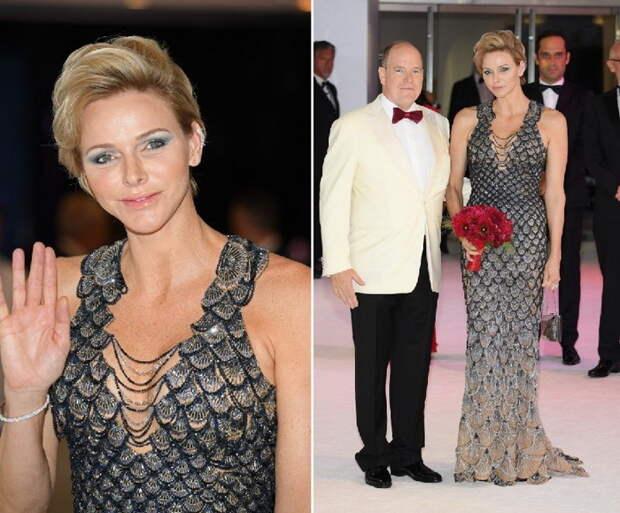 Платье от Versace на юбилейном балу Red Cross Gala выполнено в виде кольчуги. Удачно подчеркивает изящную талию.