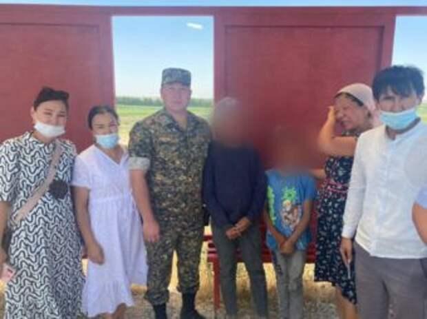 В Шымкенте трех потерявшихся детей вернули родителям