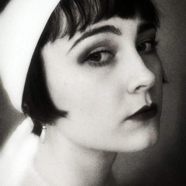 Образ эмансипированной девушки 1920-х годов.