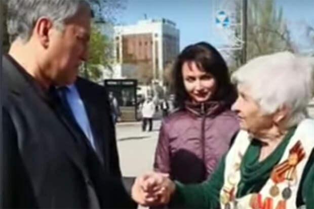 Отчитавшей Володина жительнице Саратова подняли пенсию