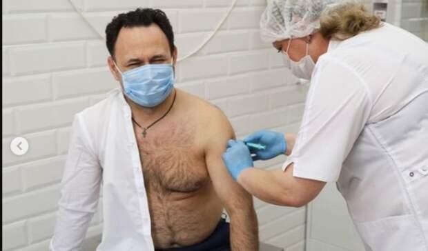 Первый заместитель администрации Ростова привился от коронавируса