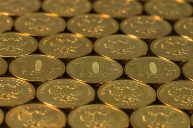 Рубль поднялся на 10 позиций в рейтинге 36 основных мировых валют