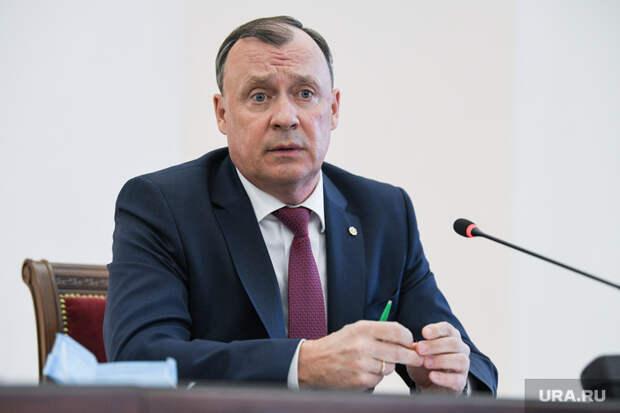 Имиджевому проекту мэра Екатеринбурга мешают силовики