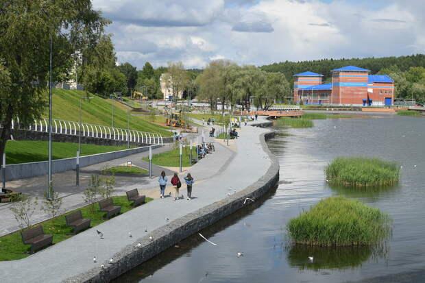 Построенный на месте заброшенного пустыря парк «Времена года» в Воткинске откроют летом