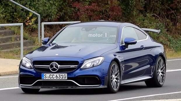 «Эрка» идет на взлет: сумасшедший Mercedes-AMG C 63 R готовится к старту