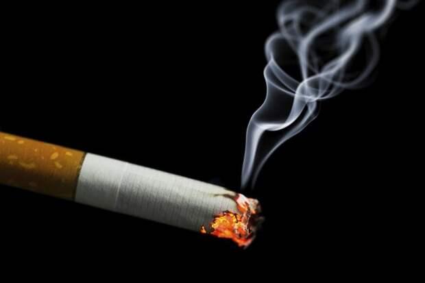 Он пошел за сигаретами для жены, но занесло к бабенке в койку...  То, как он отмазался — я аплодирую!