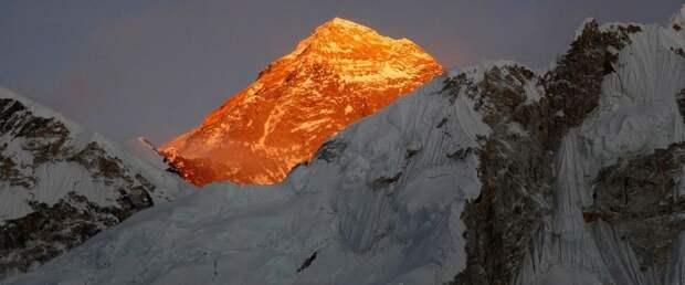 Китай установит «линию разграничения» на Эвересте