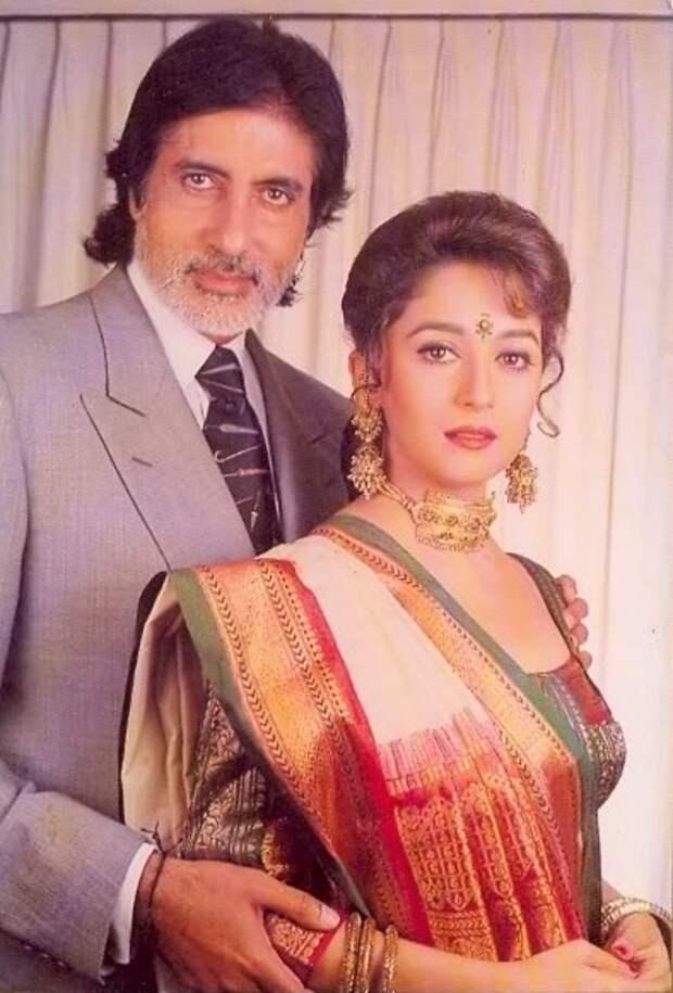 Амитабх Баччан и Мадхури Дикшит. Фото /  Amitabh Bachchan, Madhuri Dixit. Photo