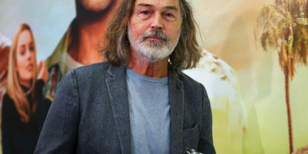 Никас Сафронов стал обладателем звания народного художника России