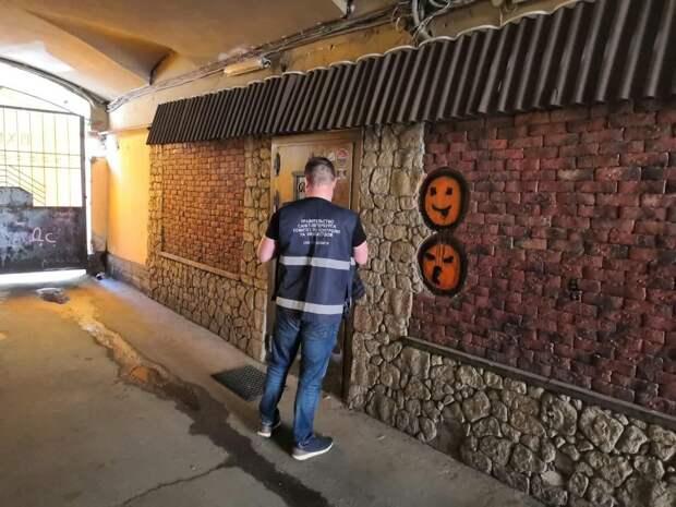 Смольный выселил бар на улице Рубинштейна, которому жители перерезали провода