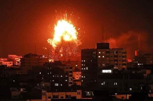 Израильские ВВСатаковали здание банка всекторе Газа