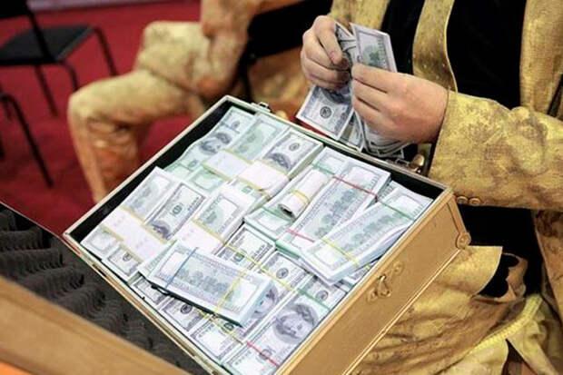 Отток капитала из России по официальным каналам ЦБ достиг рекордного уровня, за 3 квартал 2019 года 7,5 млрд долларов