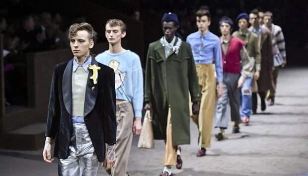 Новый челлендж в ТикТоке: подростки превращают себя в моделей Gucci