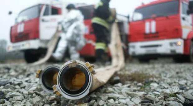 Частный дом сгорел в Якутске. Погибли 3 человека