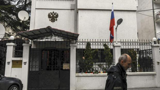 «Разрушают конструкцию международных отношений»: в Совфеде прокомментировали высылку Северной Македонией дипломата РФ