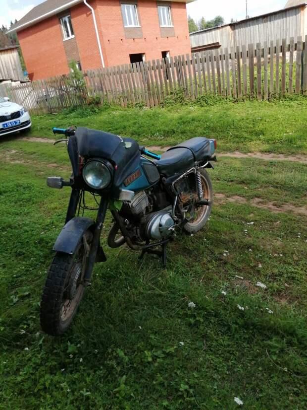 В Удмуртии мотоциклист без прав сбил ребенка и скрылся с места аварии