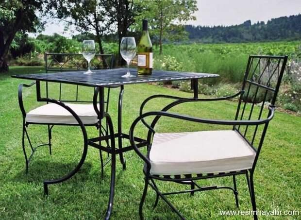 Выбираем мебель для дачного отдыха