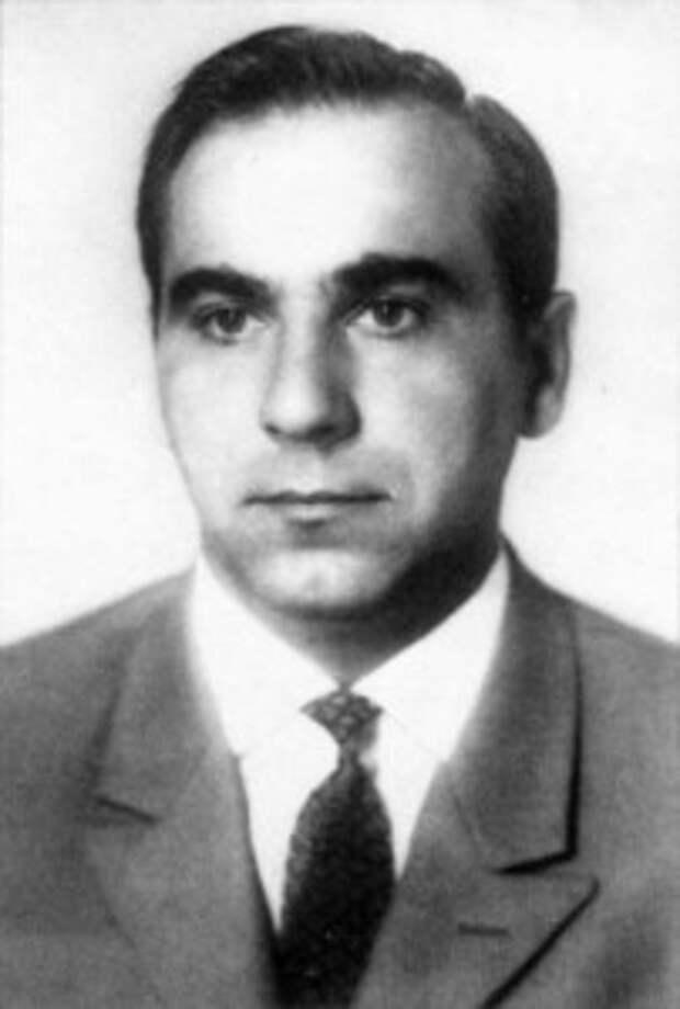В.В.Подхалюзин