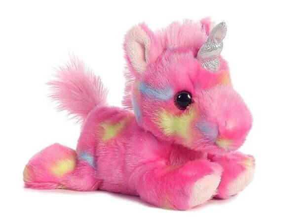 От мишки Тедди до интерактивных питомцев: какими бывают игрушки-животные