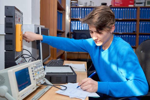 Стартовал отбор на предоставление Минпросвещения России субсидий для создания современных мастерских