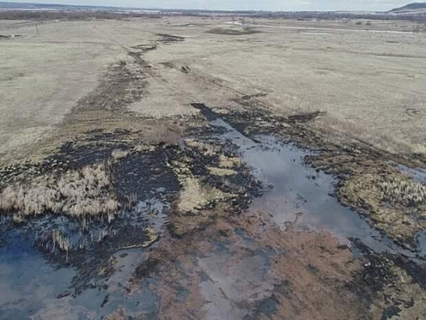 На Ямале прорвало трубопровод на месторождении структуры «Газпромнефти»