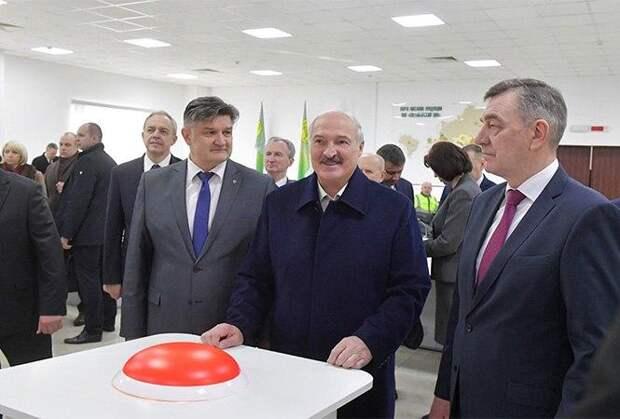 Пошатнувшегося Лукашенко делают крайним в родной стране