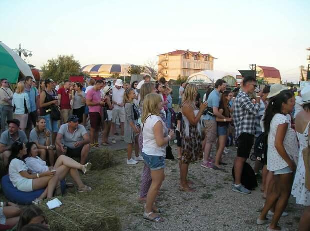 В Коктебеле на фестивале учат повышать культуру винопития