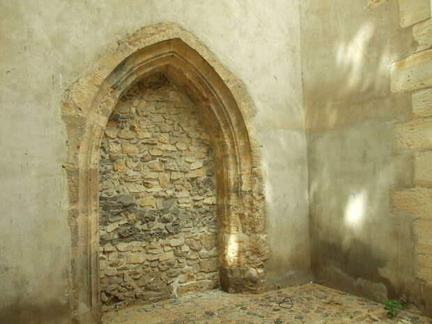 Church_of_the_Virgin_Mary_Before_Tyn_(8349054152) (700x525, 73Kb)