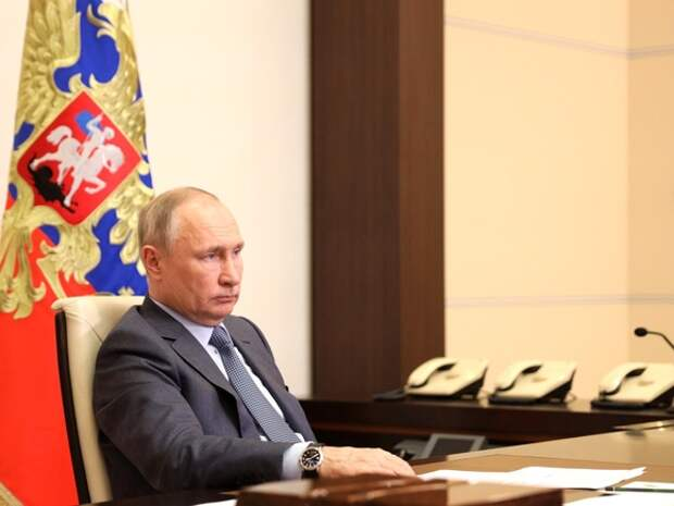 Путин поручил создать центр всемирной богатырской лиги