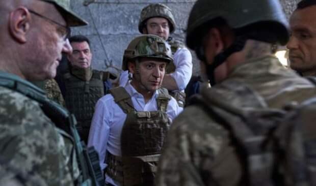 Зеленский заявил, что ждет от России ключевых шагов для мира в Донбассе
