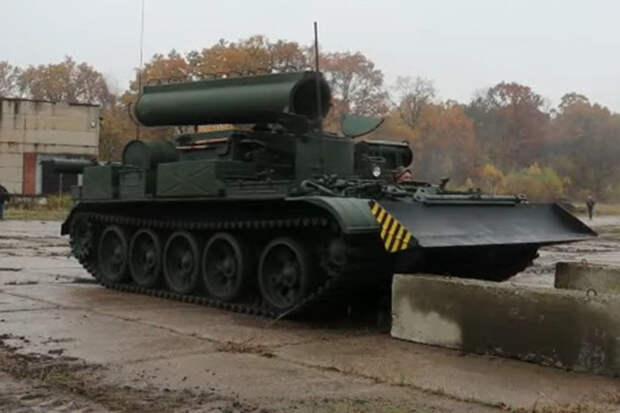 Старый советский бронированный тягач БТС-4 модернизировали на Украине