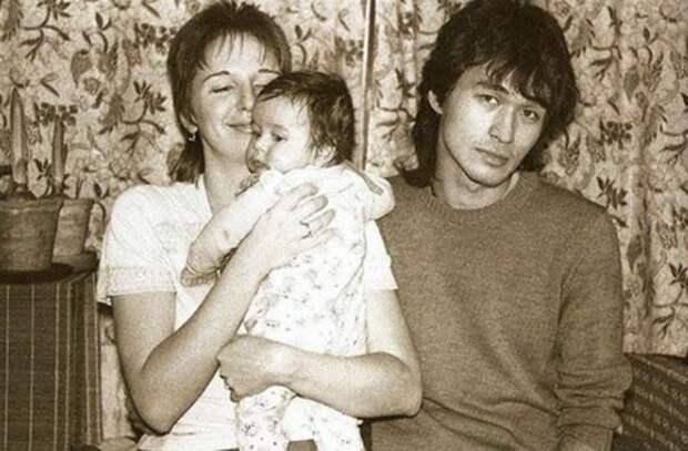 Единственный сын Виктора Цоя. Как сегодня живет и выглядит Александр: новые фото