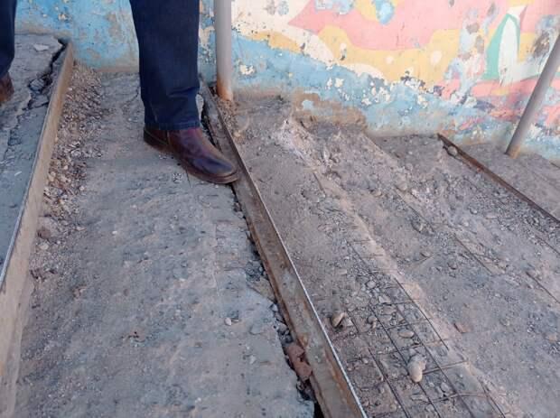 Ступени в подземном переходе около УдГУ в Ижевске временно отремонтируют в этом году