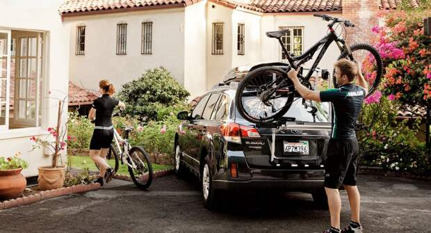 4 способа перевезти велосипед в автомобиле
