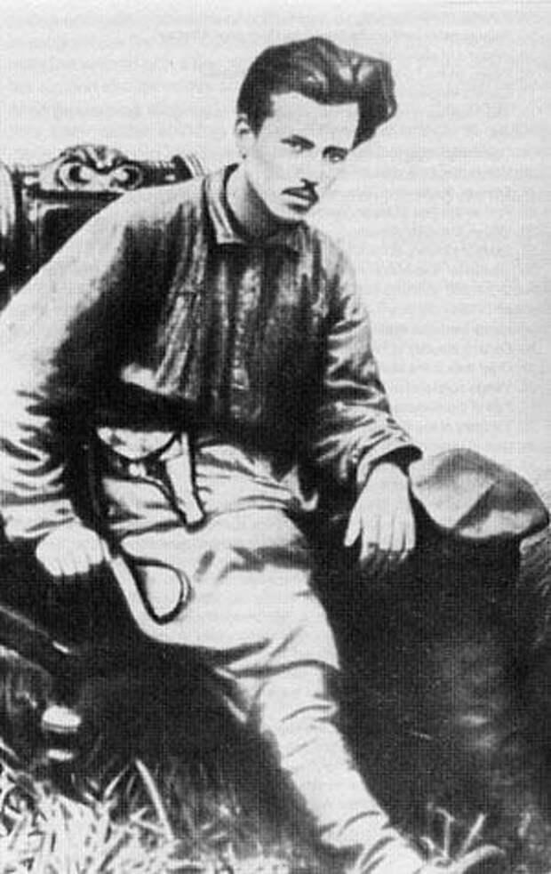NikolaiOstrovski (300x476, 29Kb)