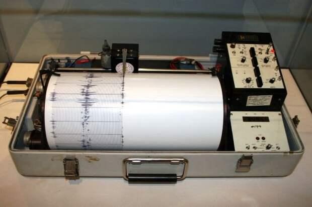 В Тихом океане зафиксированы подземные толчки магнитудой 5,5
