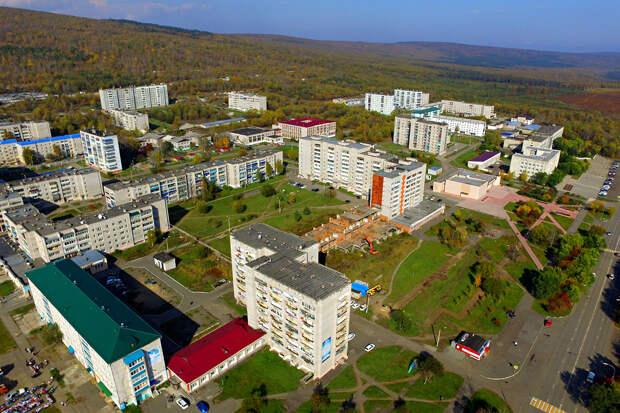 """Хабаровская молодежь получит """"северные"""" надбавки с первого дня работы"""