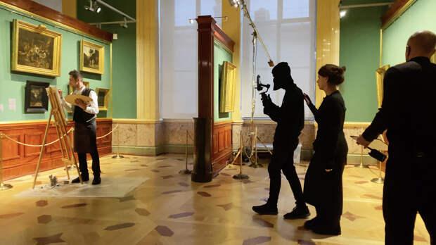 Аксинья Гог создала пятичасовое кинопутешествие по Эрмитажу