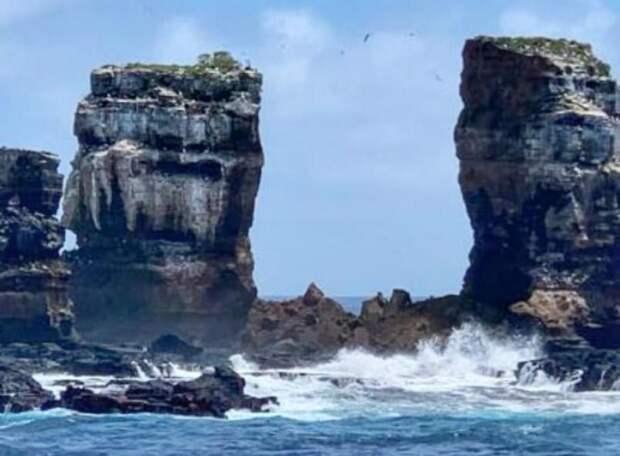 НаГалапагосах из-за эрозии обрушилась знаменитая скала Арка Дарвина: Новости ➕1, 18.05.2021