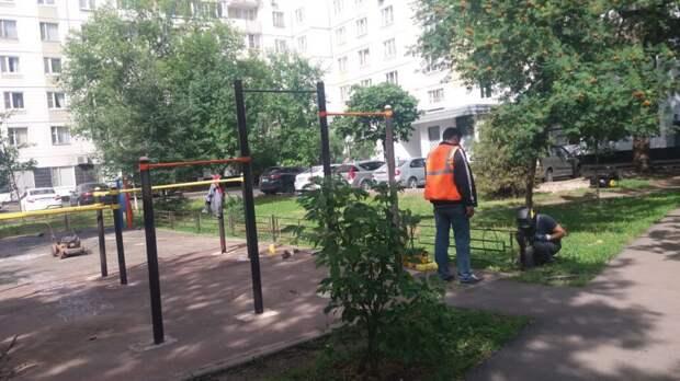 В 20-и дворах Бабушкинского заменят асфальт