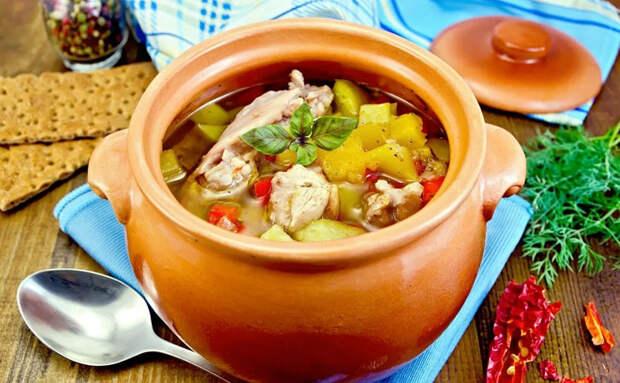 Еда в горшочке: поварские секреты сочного мяса и не разваренных овощей