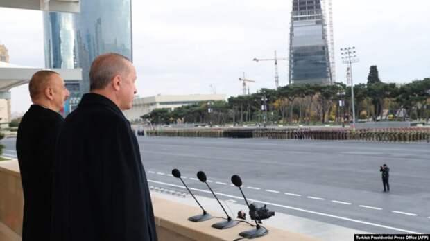 Эрдоган на параде в Баку посоветовал Армении «взяться за ум»