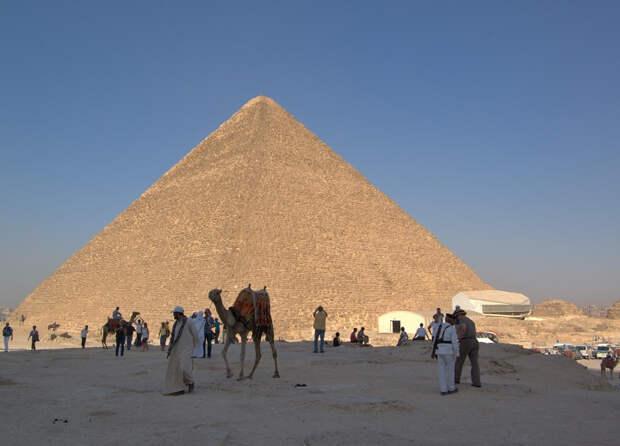В пирамиде Хеопса может таиться техногенное инопланетное устройство