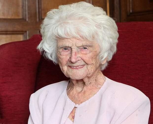Грейс Джонс, ежедневно выпивавшая глоток виски, умерла на 113 году