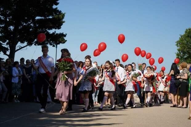 Последний звонок в школах Севастополя пройдет 22 мая