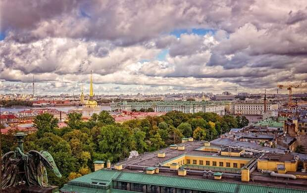 Вместо снега гроза: какой погоды ожидать в Петербурге после майских праздников