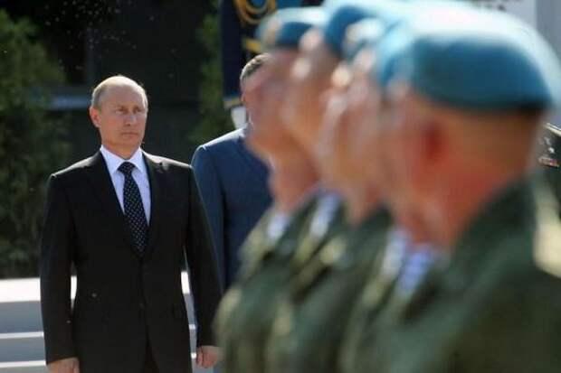 Владимир Путин поздравил десантников с профессиональным праздником