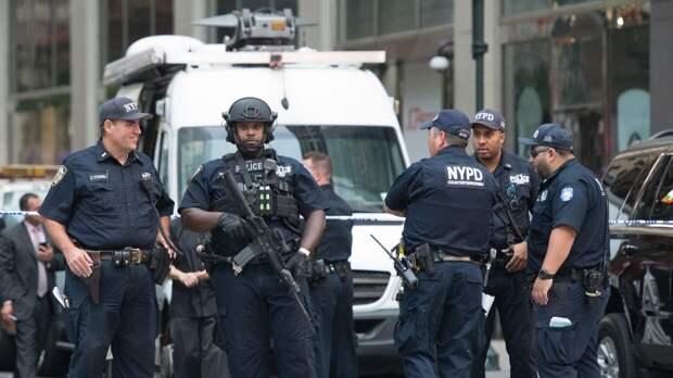 Американских полицейских учат быть жестокими из-за агрессивного общества